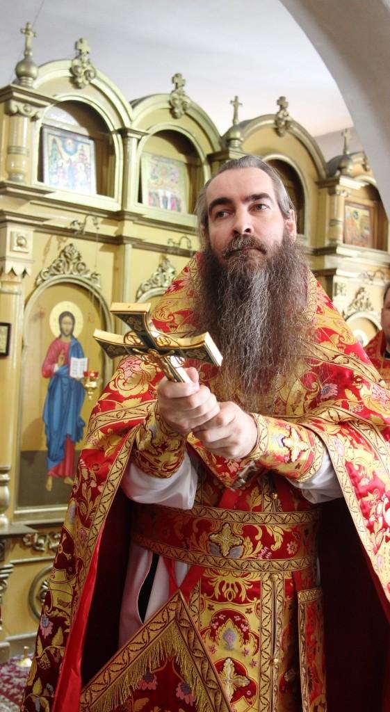 http://monuspen.ru/photos/a2382ba41f463c5bda5a96eb8e1ac7au.JPG