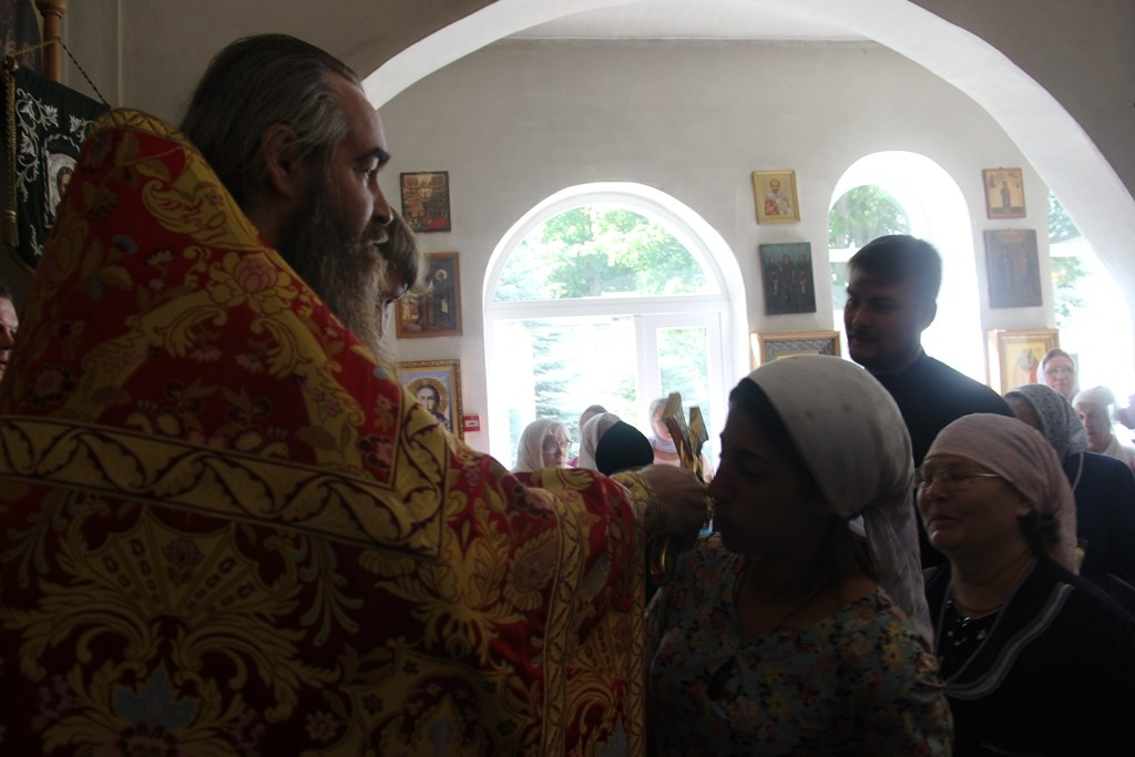 http://monuspen.ru/photos/a2382ba41f463c5bda5a96eb8e1ac7av.JPG