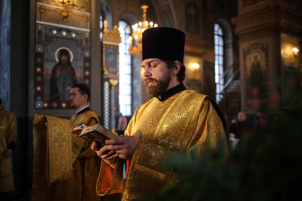 http://monuspen.ru/photos/a7c1ca4880ce6dabe7dcca15d52f2fd4.jpg