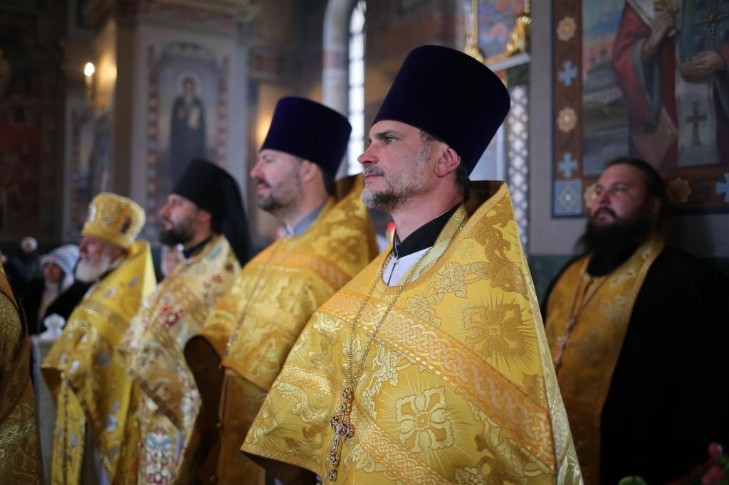 http://monuspen.ru/photos/a7c1ca4880ce6dabe7dcca15d52f2ff8.jpg