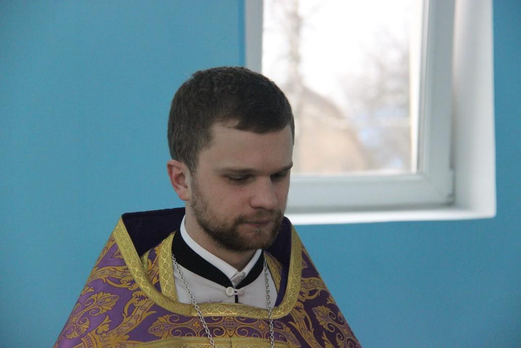 http://monuspen.ru/photos/cdab0a6def7ce2b66ccc16866cd34e33.JPG
