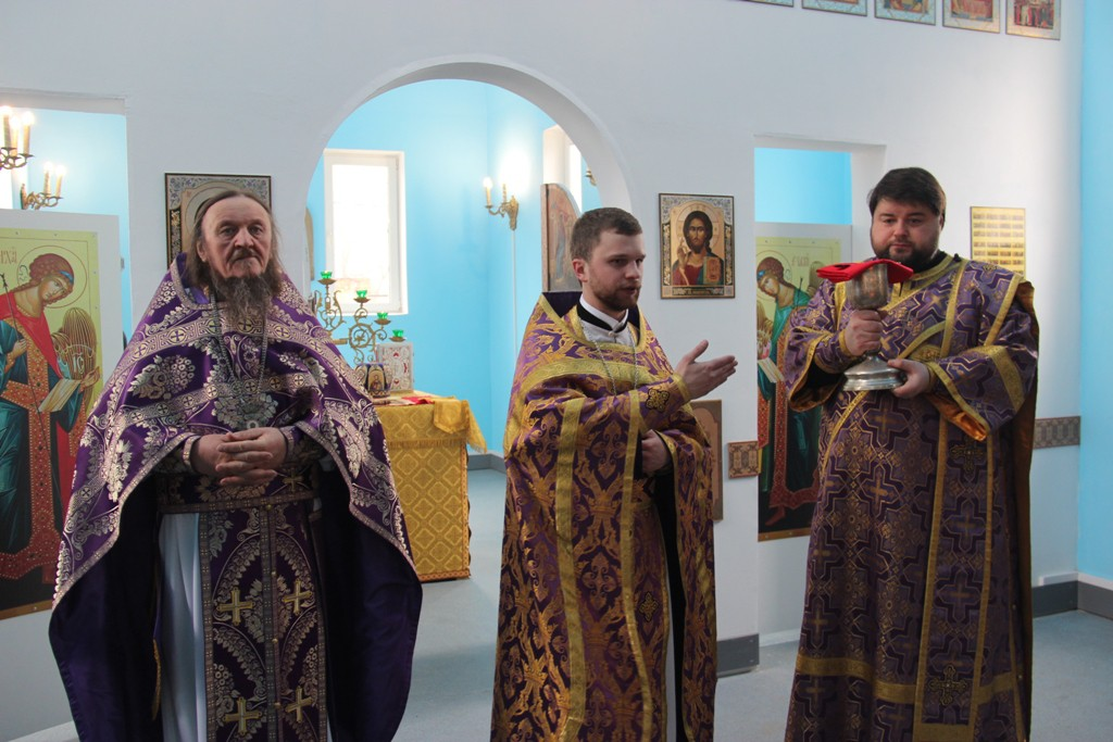 http://monuspen.ru/photos/cdab0a6def7ce2b66ccc16866cd34e50.JPG