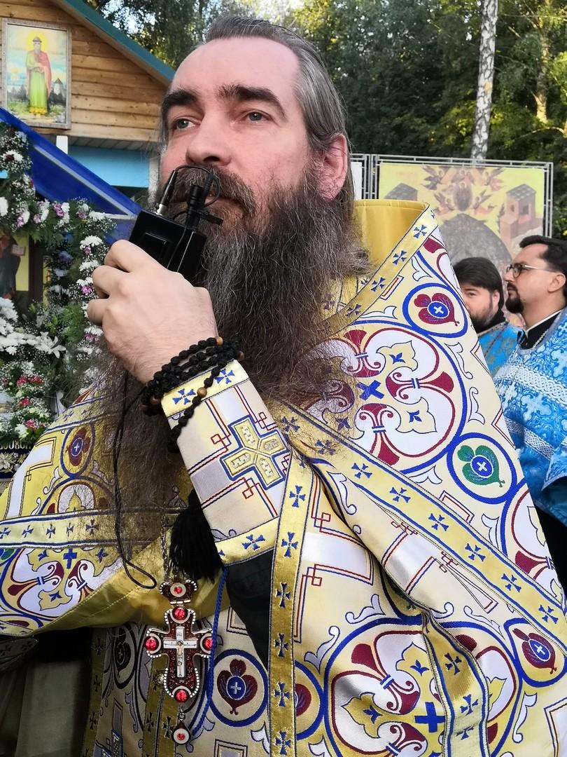 http://monuspen.ru/photos/cece875d76b3aa3d1702c0cb4abd5d8c.jpg