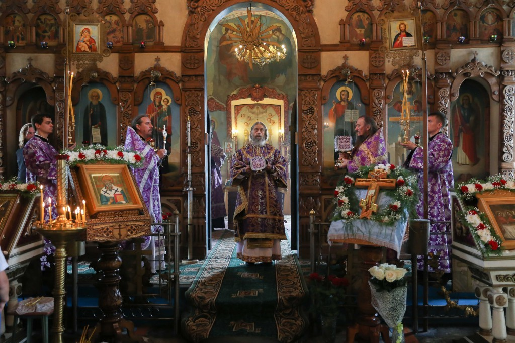 http://monuspen.ru/photos/e1c91bfb0b0ed1fabb13cd3a0ef6270x.jpg