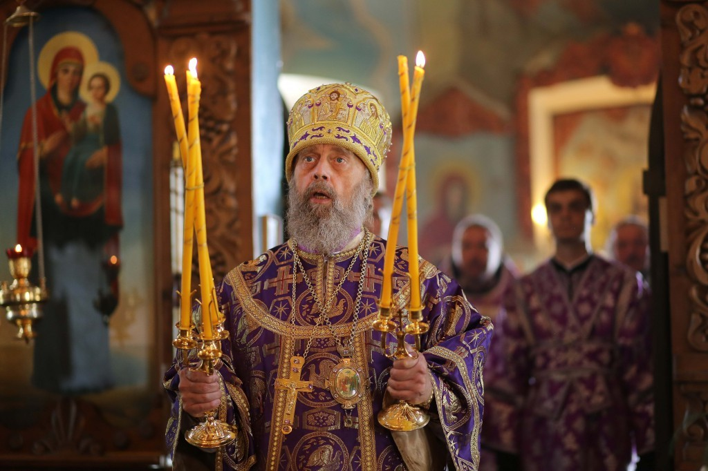 http://monuspen.ru/photos/e1c91bfb0b0ed1fabb13cd3a0ef6271b.jpg