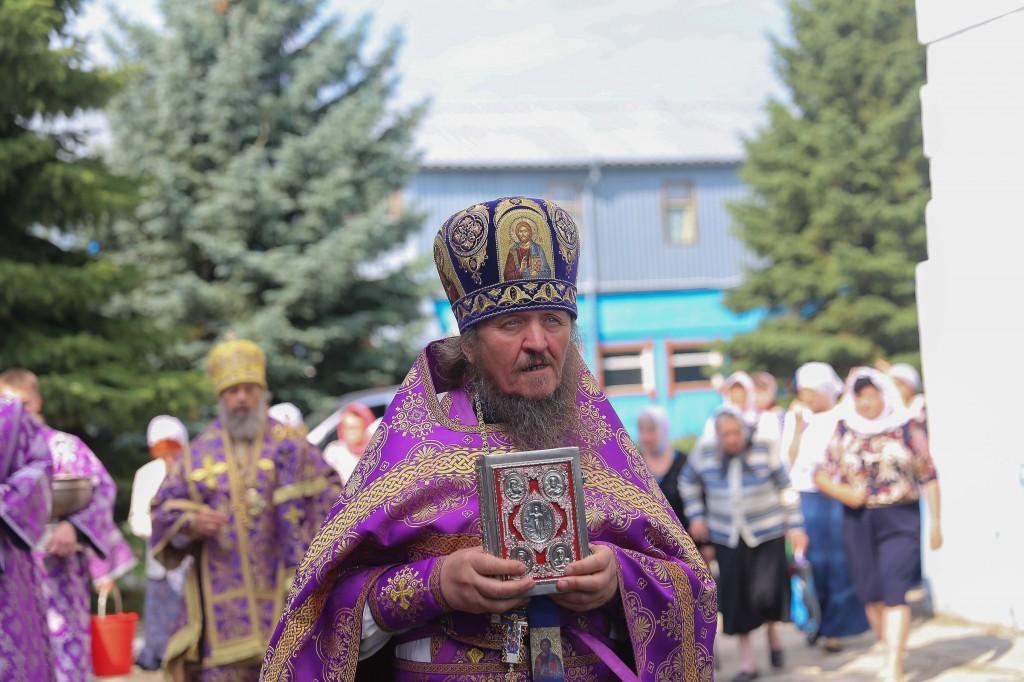 http://monuspen.ru/photos/e1c91bfb0b0ed1fabb13cd3a0ef6271c.jpg