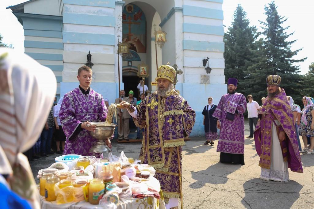 http://monuspen.ru/photos/e1c91bfb0b0ed1fabb13cd3a0ef6271l.jpg