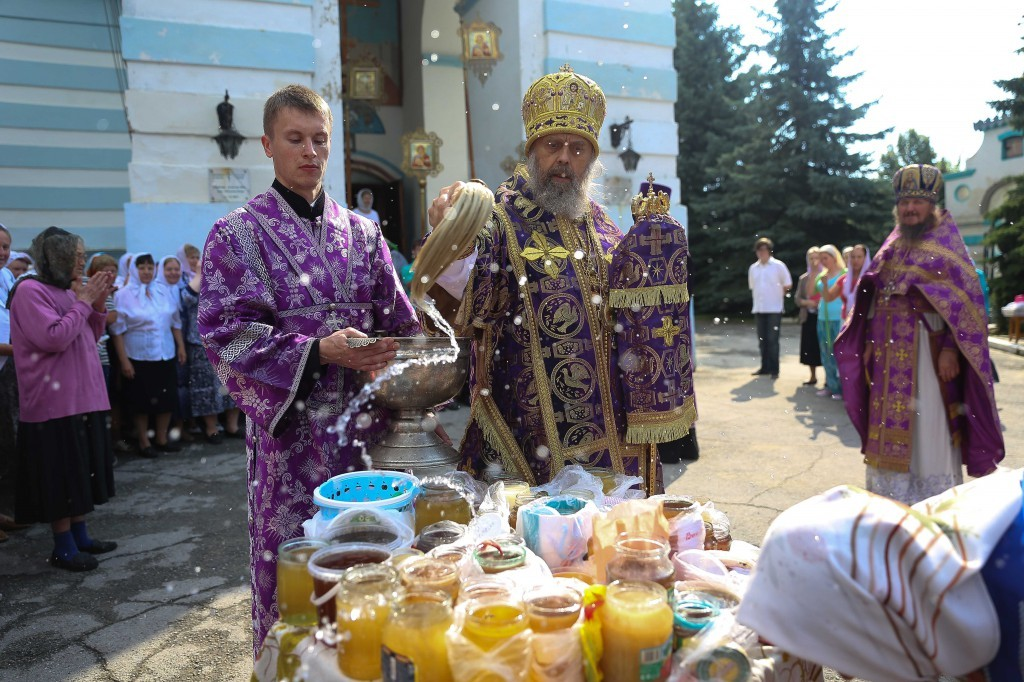 http://monuspen.ru/photos/e1c91bfb0b0ed1fabb13cd3a0ef6271m.jpg