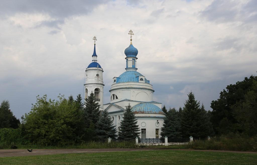 http://monuspen.ru/photos/e1c91bfb0b0ed1fabb13cd3a0ef6271s.jpg