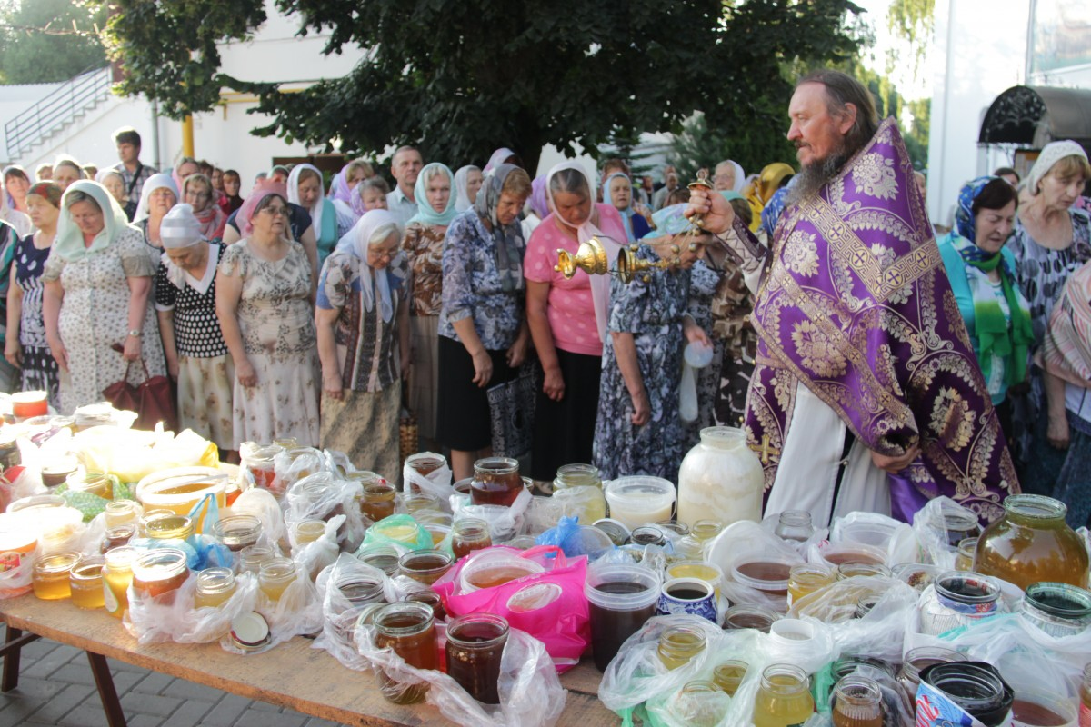 http://monuspen.ru/photos/e1c91bfb0b0ed1fabb13cd3a0ef6272c.JPG