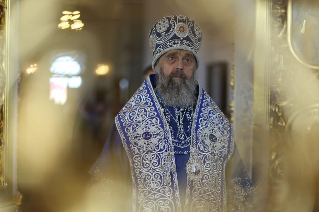 http://monuspen.ru/photos/e3891bf2113563c17feaa74005579bb4.JPG