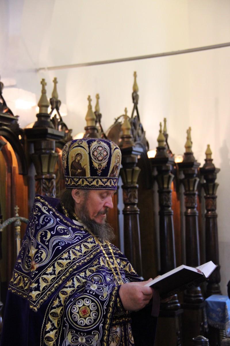 http://monuspen.ru/photos/f74327b0f3ea56d12dfa3e79f9c5d5f4.JPG