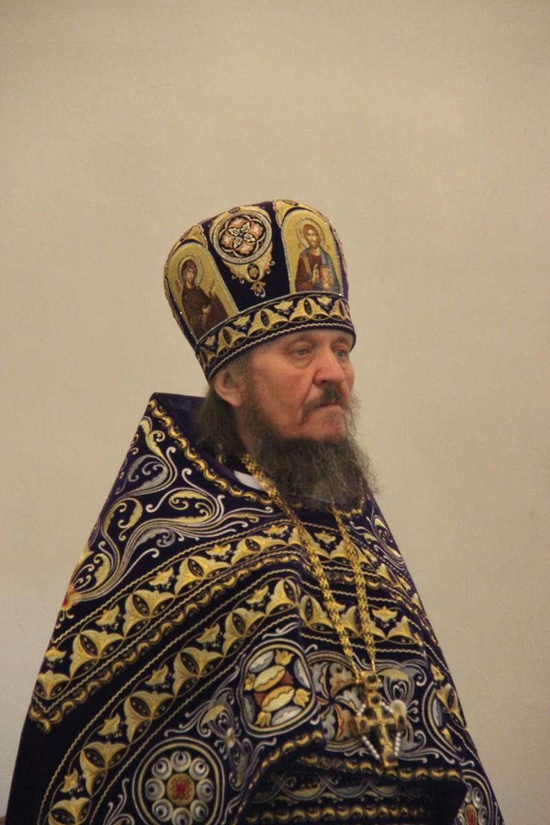 http://monuspen.ru/photos/f74327b0f3ea56d12dfa3e79f9c5d5g2.JPG